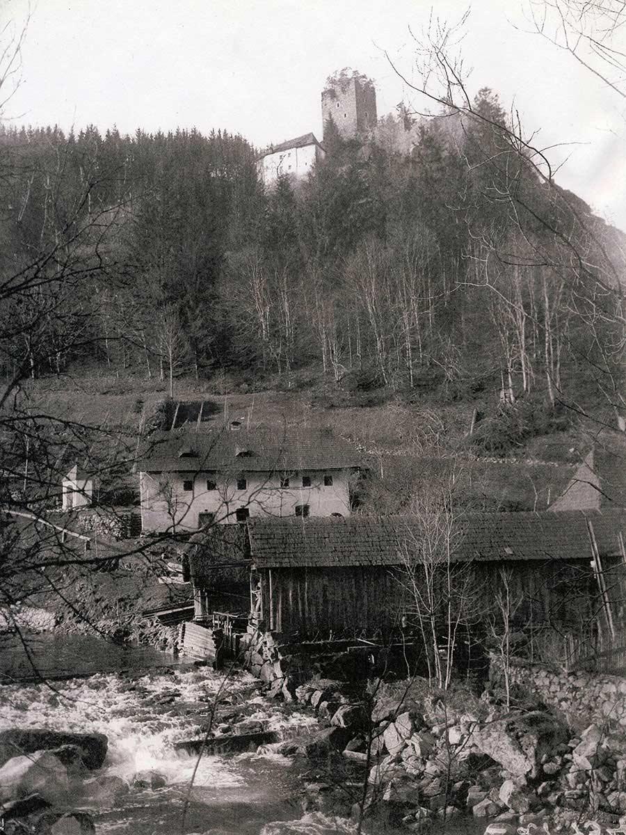 Burgruine Lichtenhag um 1930